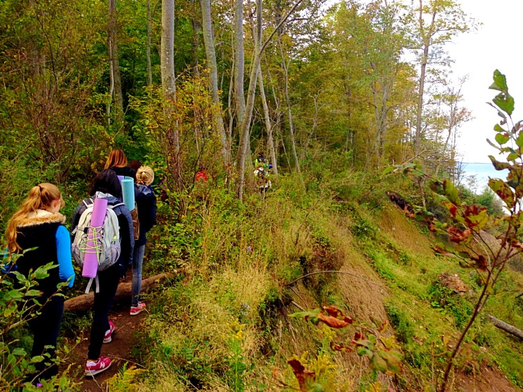 Hiking along the steep ledge of the Bluff Trail.